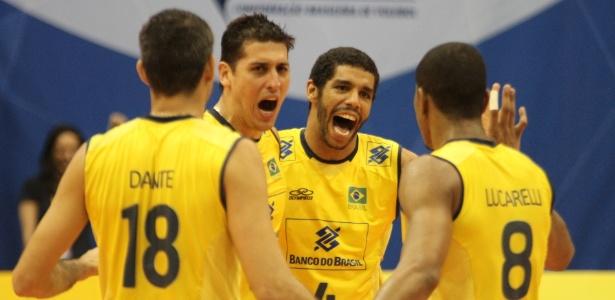 10.08.2013 - Brasil vence Argentina e conquista o 29º título sul-americano de vôlei