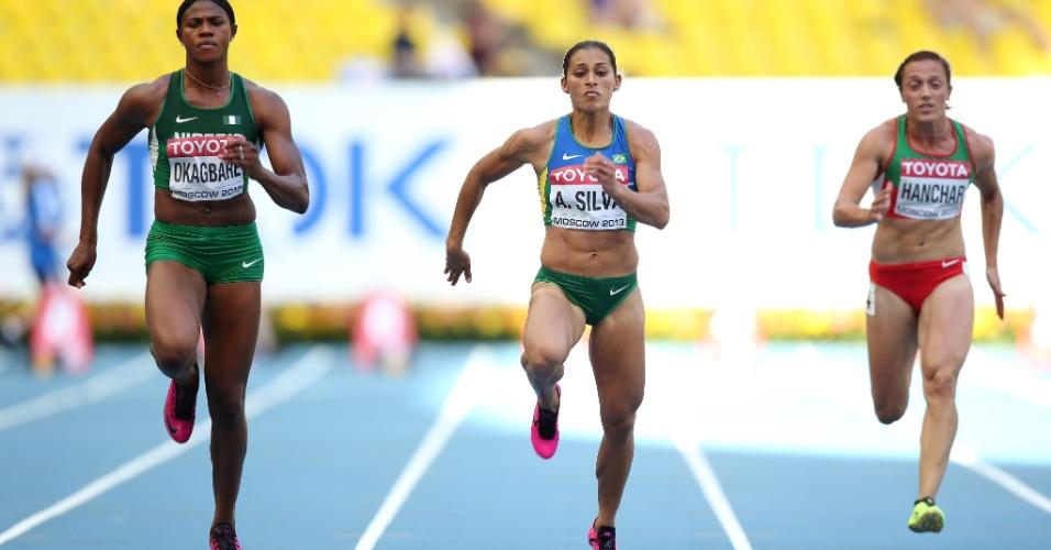 11.ago.2013 - Velocista Ana Cláudia Lemos foi bem nas quartas de final dos 100m do Mundial de Atletismo de Moscou e avançou para as semifinais com o tempo de 11s08