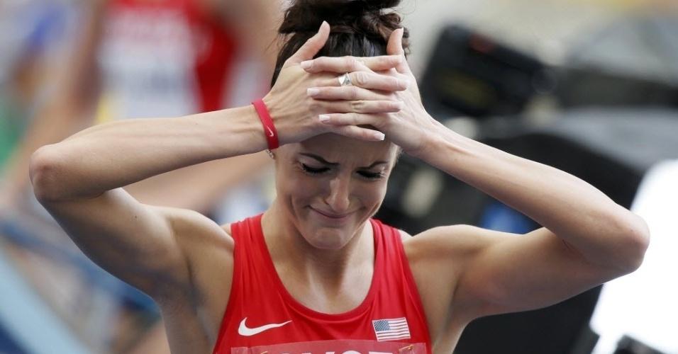 12;ago.2013 - A americana Georganne Moline lamenta a eliminação nas eliminatórias dos 400 m com barreiras em Moscou