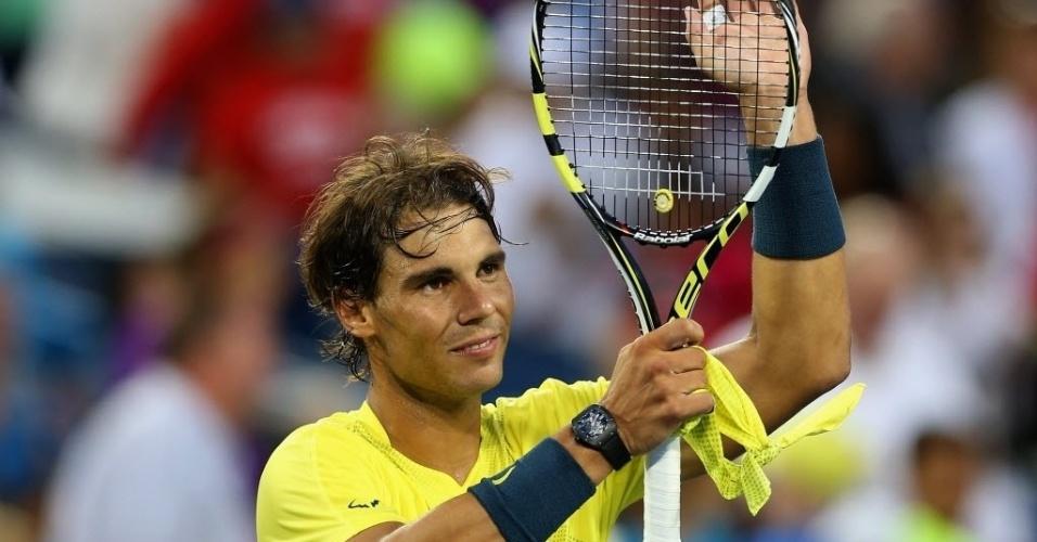 14.ago.2013 - Rafael Nadal comemora a vitória sobre o alemão Benjamin Becker, na segunda rodada do Masters 1000 de Cincinnati (EUA)