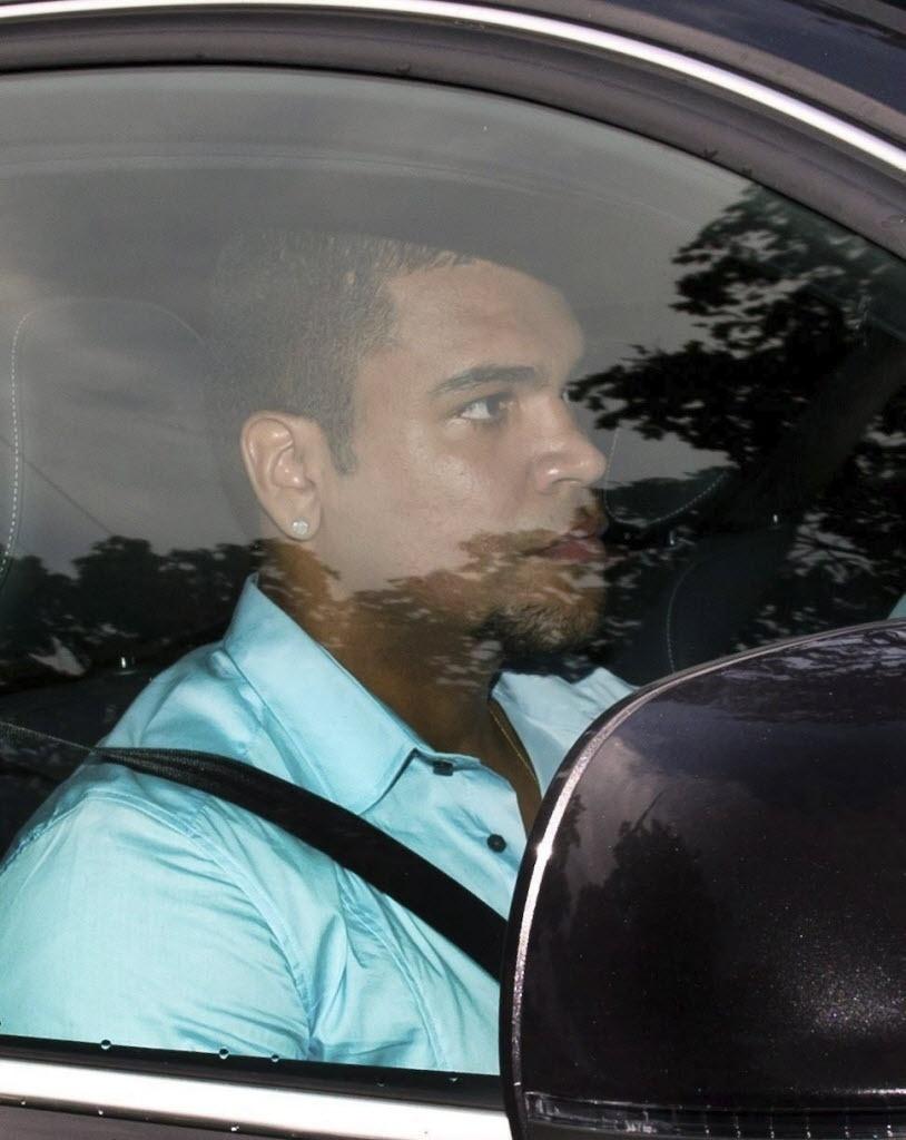 19.ago.2013 - Acusado de incendiar a própria casa na Alemanha, Breno deixou a prisão no último sábado e, nesta segunda, voltou a treinar no Bayern de Munique