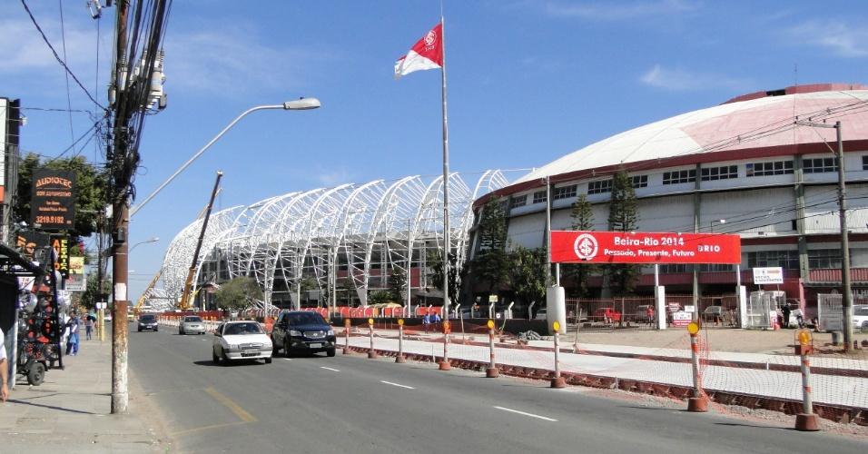 Parte externa das obras de reforma do estádio Beira-Rio do Internacional (20/08/2013)