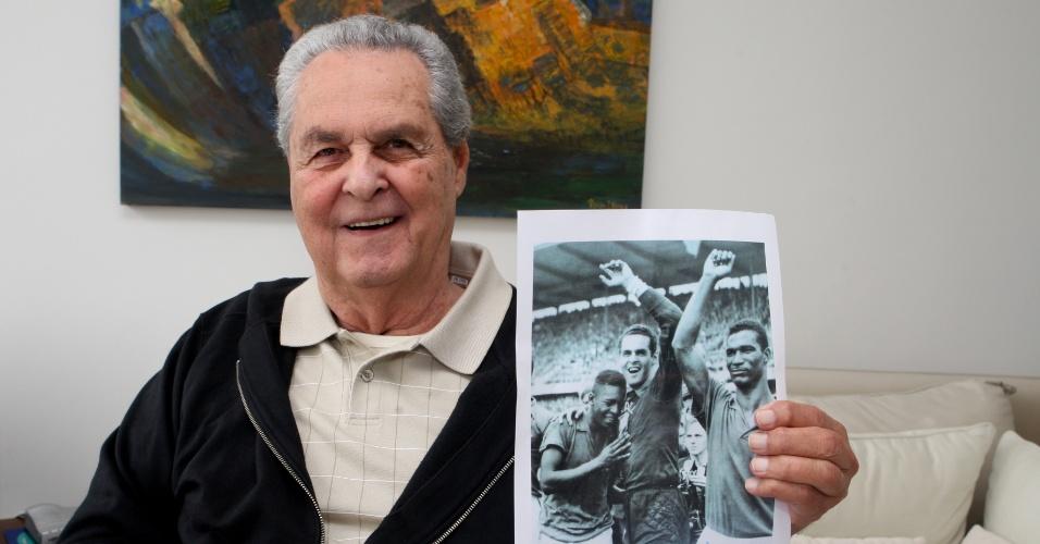 25.ago.2013 - Bicampeão mundial com a seleção brasileira, Gylmar dos Santos Neves morreu aos 83 anos em São Paulo. O goleiro atuou nas decadas de 60 e 70 por Corinthians e Santos