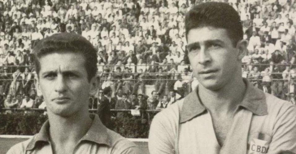 25.ago.2013 - Nilton De Sordi ao lado de Mauro Ramos de Oliveira antes de jogo da seleção brasileira em 58