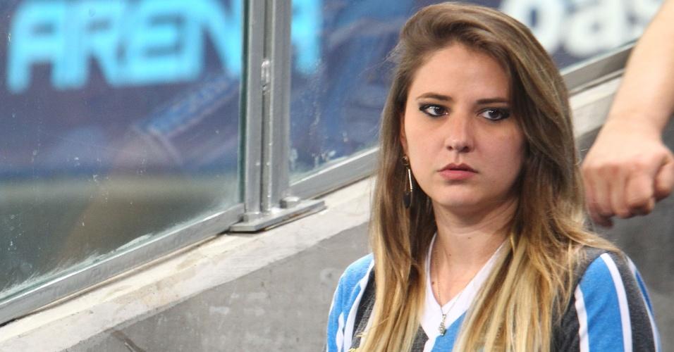 07.set.2013 - Presença feminina é forte na Arena do Grêmio em jogo contra a Portuguesa
