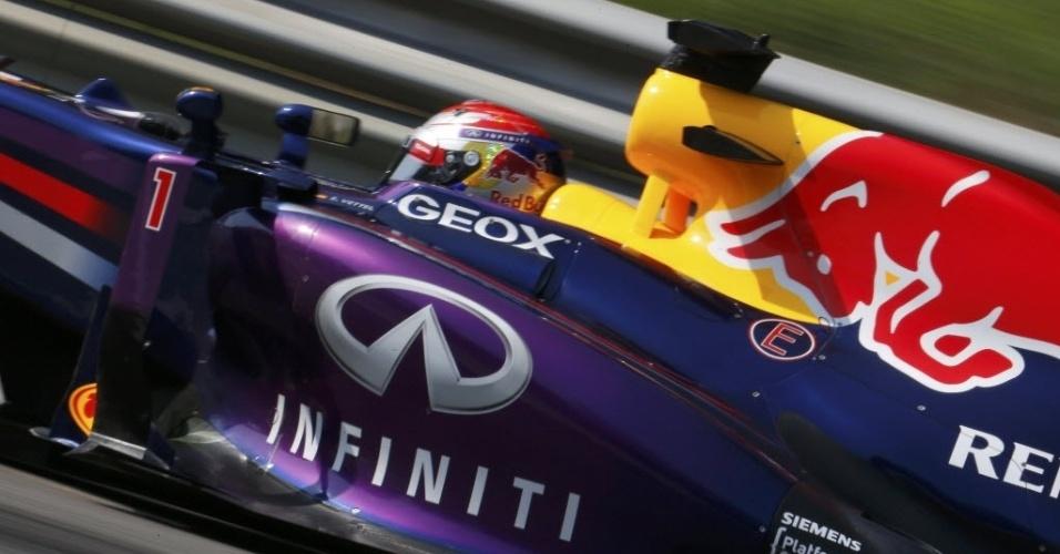 Vettel fez melhor tempo na sessão de sexta-feira, em Monza
