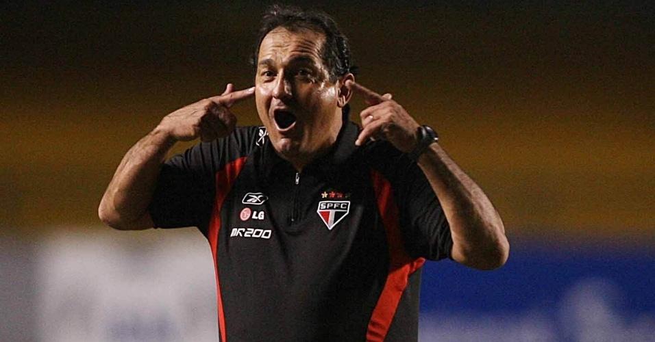 26.04.2007 - Muricy Ramalho durante partida contra o Audax, pela Libertadores de 2007