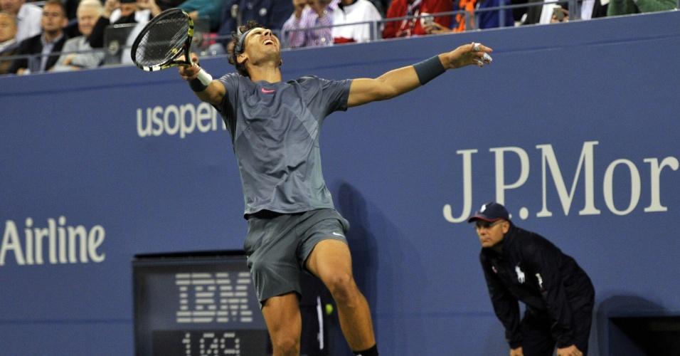 09.set.2013 - Rafael Nadal comemora após conquistar o Aberto dos EUA sobre Novak Djokovic