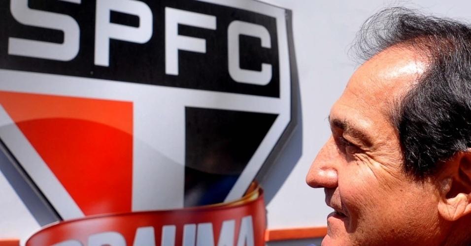 10.set.2013 - Muricy Ramalho chega ao São Paulo para sua apresentação como novo técnico do clube