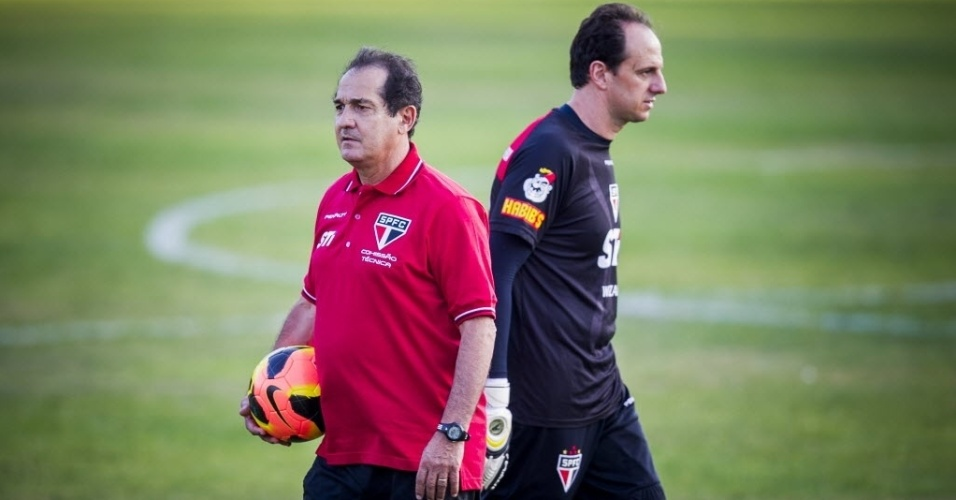 10.set.2013 - Muricy Ramalho e Rogério Ceni se reencontraram no São Paulo após 4 anos 'separados'