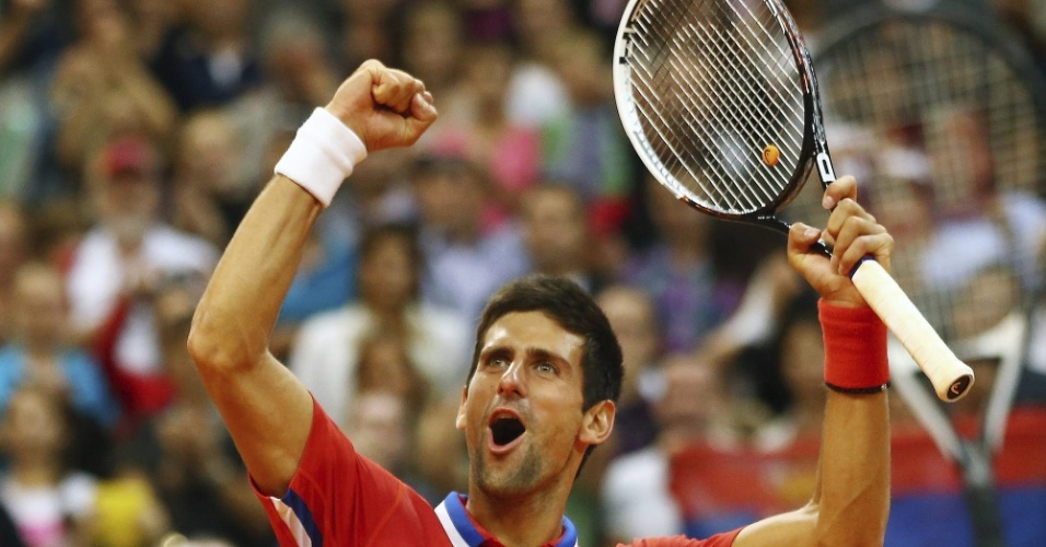 13.set.2013 - Novak Djokovic comemora vitória sobre  o canadense Vasek Pospisil, pela semifinal da Copa Davis 2013