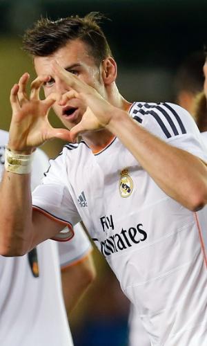 14.09.2013 - Bale comemora o seu primeiro gol pelo Real Madrid com coraçãozinho