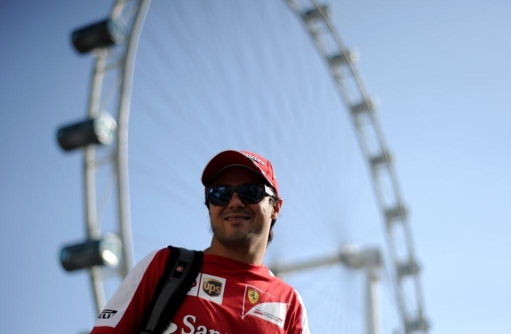 Felipe Massa chega para treino em Cingapura