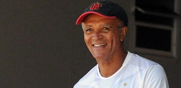 Jayme de Almeida foi confirmado como técnico do Flamengo até o fim da temporada 2013