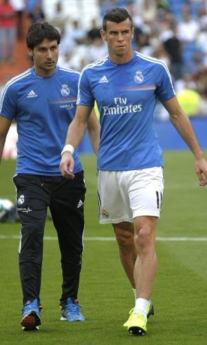 22.set.2013 - Gareth Bale tem problema no aquecimento para o jogo do Real Madrid contra o Getafe