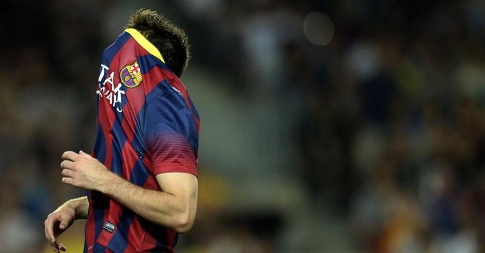 24.set.2013 - Lionel Messi lamenta após desperdiçar jogada na partida do Barcelona contra a Real Sociedad pelo Campeonato Espanhol