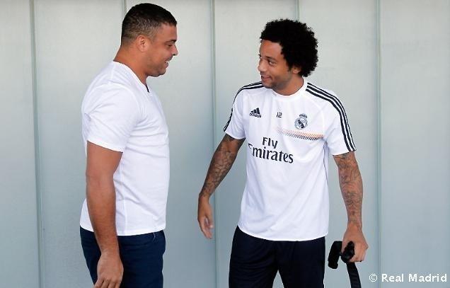 Ronaldo conversa com Marcelo durante treino do Real Madrid