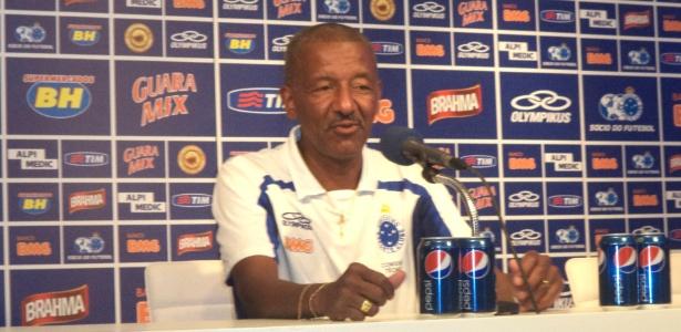 Massagista Tita, que já trabalhou com Felipão no Cruzeiro, foi chamado para amistosos da seleção