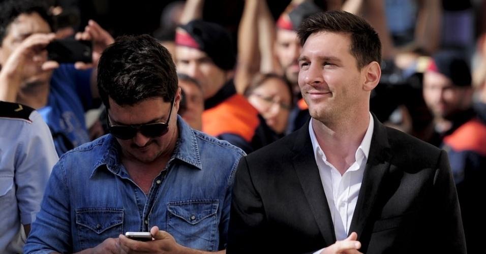 27.set.2013 - Lionel Messi chega ao tribunal espanhol em que responderá processo por fraude fiscal