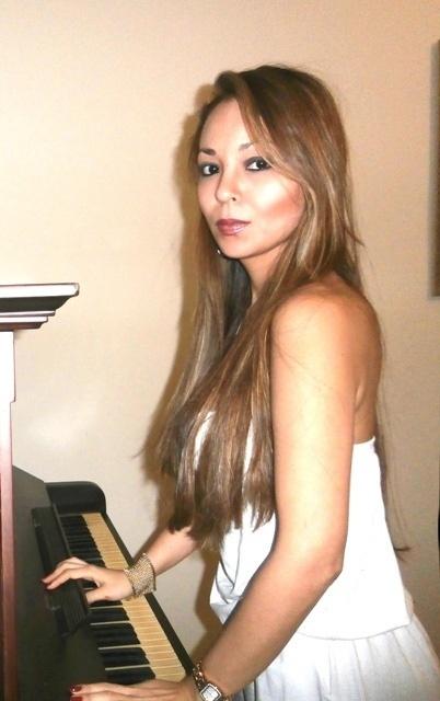 Rita Tibes ficou famosa por tocar piano nua