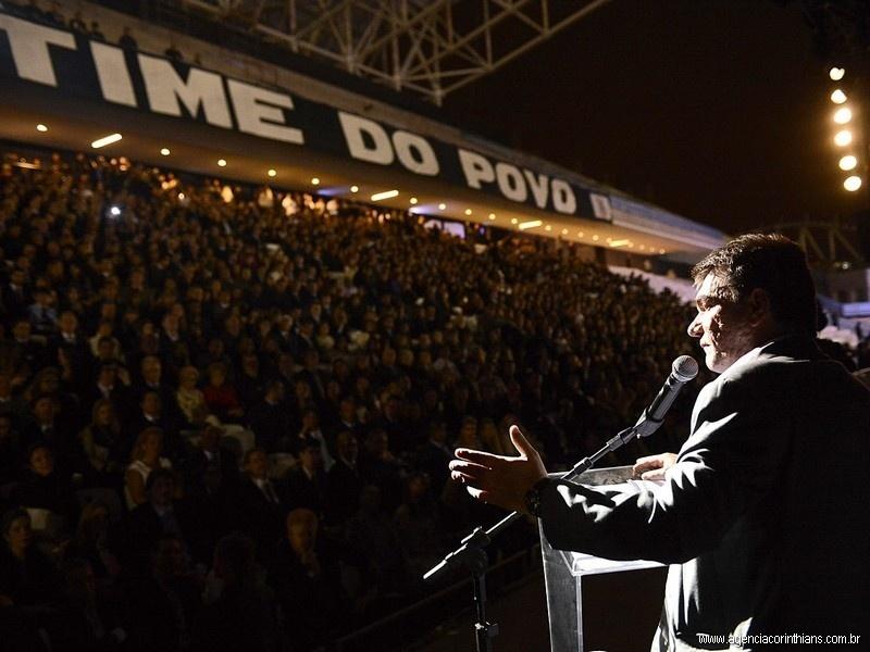 Ex-presidente do Corinthians, Andrés Sanchez celebra aniversário do clube na arena alvinegra