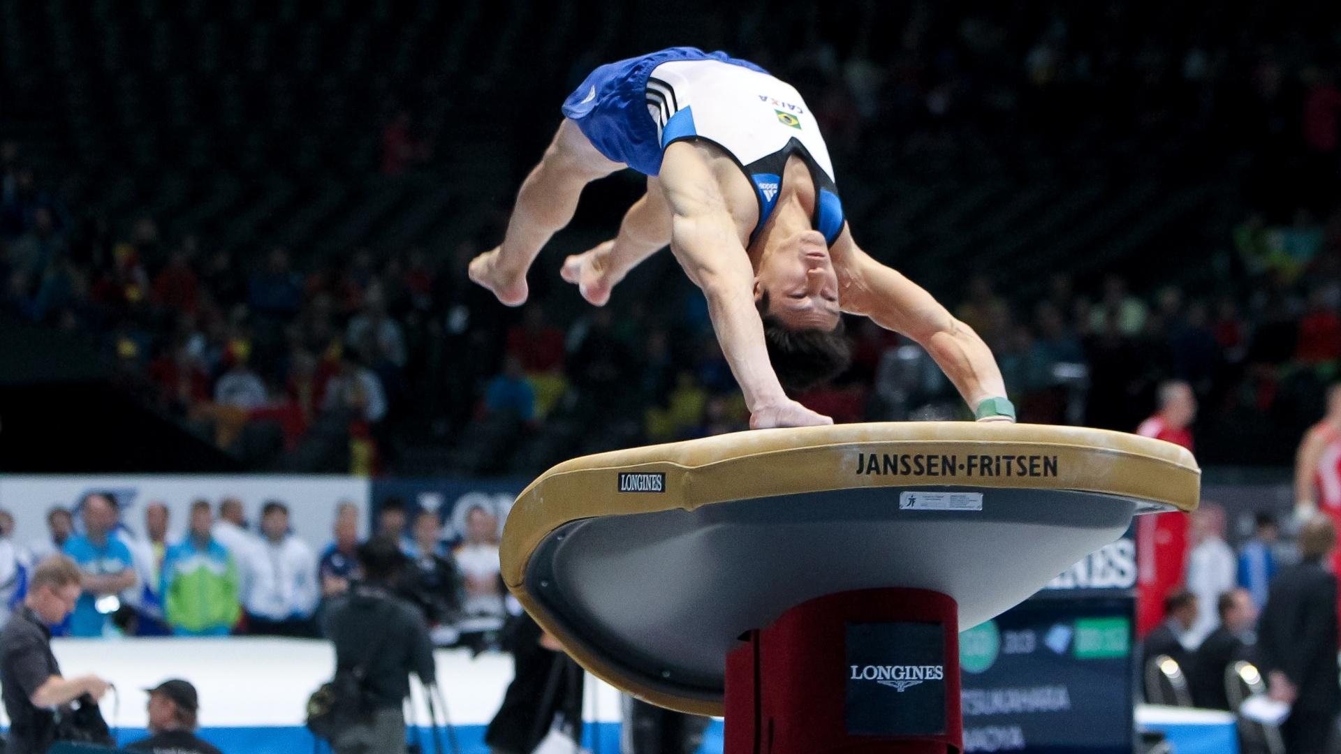 30.09.2013 - Arthur Nory disputa as eliminatórias do individual geral no Mundial de Ginástica, na Antuérpia (BEL)
