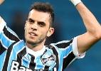 Zagueiro do Grêmio solta palavrão e diz que defesa foi 'juvenil' em derrota