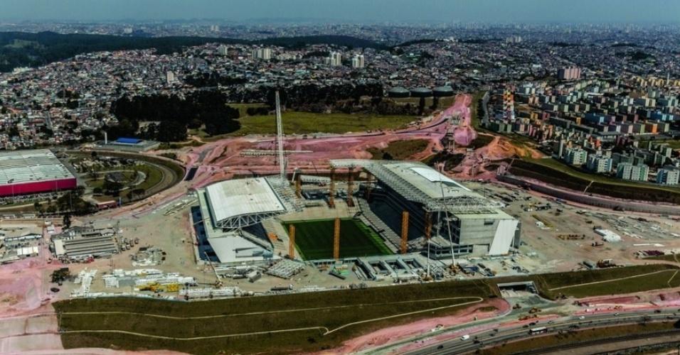 Estádio do Corinthians, em Itaquera, chegou a 90% de serviços concluídos. Término deve ocorrer em dezembro