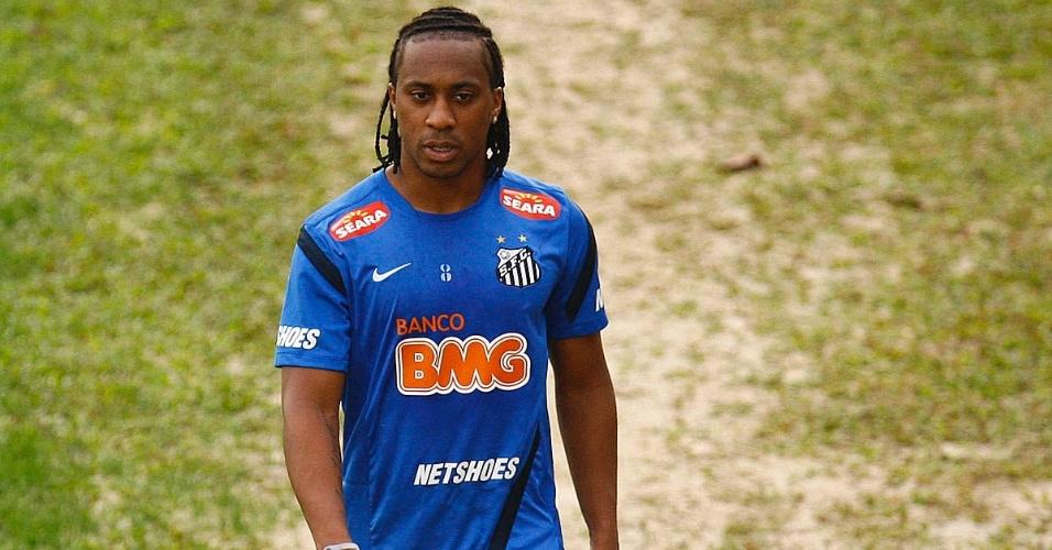 04.out.2013 - Arouca durante treinamento do Santos no CT Rei Pelé