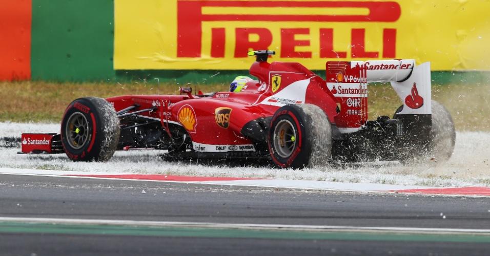Felipe Massa vai parar na área de escape após rodar na primeira volta do GP da Coreia do Sul; brasileiro terminou em 9º