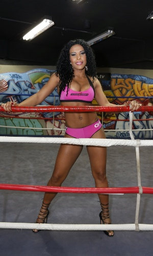 Solange será ring girl do Jungle Fight 59