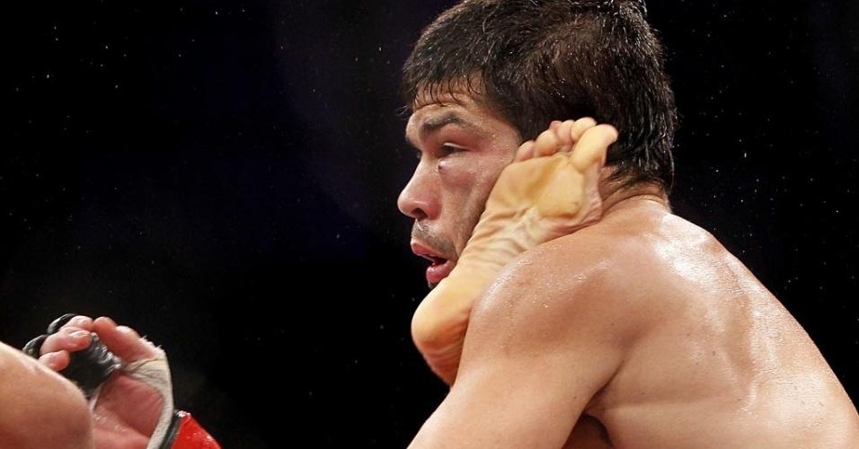TJ Dillashaw e o brasileiro Raphael Assunção lutam no UFC Barueri