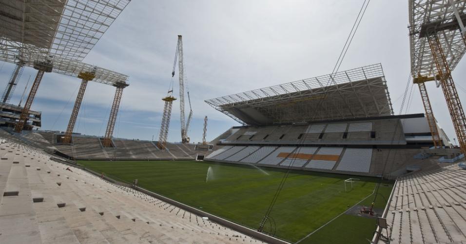 13.out.2013 - Construção de Arena em Itaquera atinge 93% até o fim de outubro, segundo empreiteira