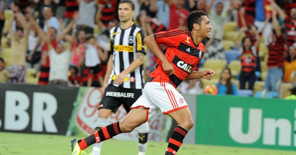 http://imguol.com/c/esporte/2013/10/13/13out2013---hernane-comemora-apos-marcar-para-o-flamengo-contra-o-botafogo-em-partida-do-brasileirao-1381703227187_956x500.jpg