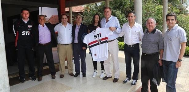 Representantes da seleção espanhola estiveram no CT de base do São Paulo nesta quinta