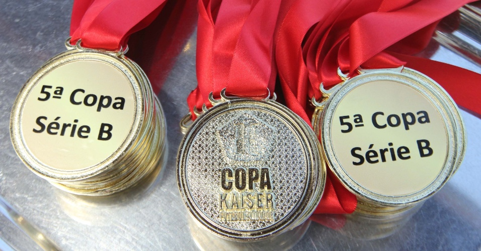 20.out.2013 - As disputadas medalhas da final da Copa Kaiser 2013