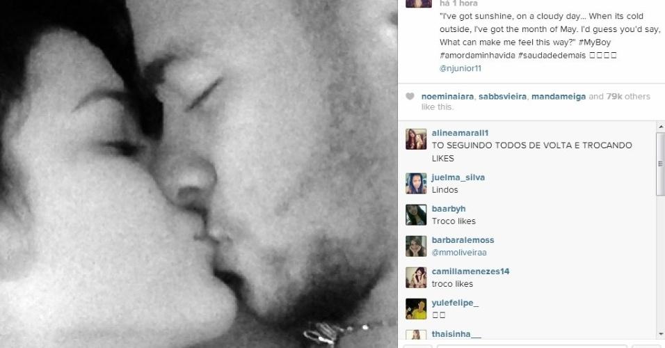 Bruna Marquezine beija Neymar