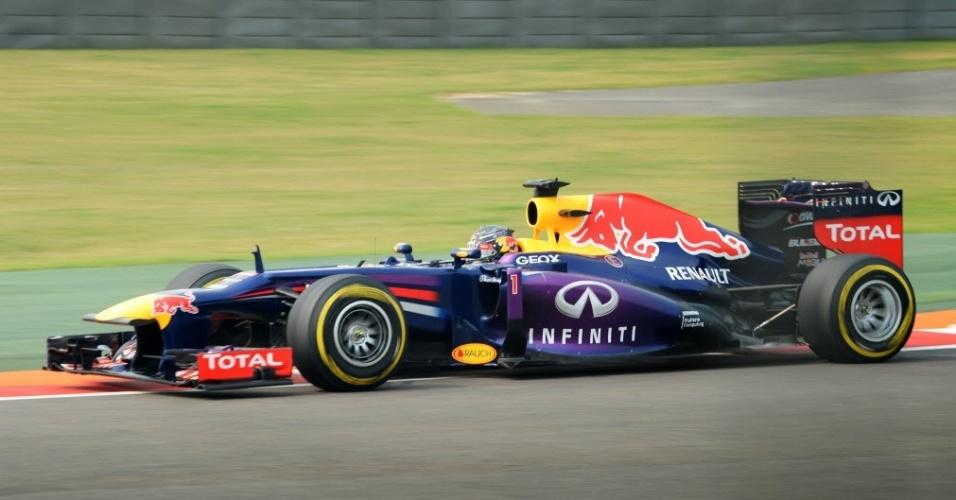26.out.2013 - Sebastian Vettel, que precisa apenas de um quinto lugar para ser campeão, liderou a terceira sessão de treinos do GP da Índia de Fórmula 1