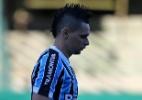 Goleada : Coritiba arrasa Grêmio e ajuda o líder Cruzeiro
