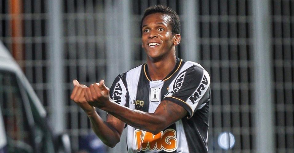 2 novembro 2013 - Atacante Jô voltou a marcar gol pelo Atlético-MG após sete jogos