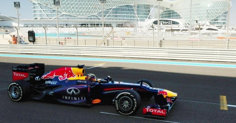 Sebastian Vettel voltou neste sábado a registrar o melhor tempo no treino livre, em Abu Dabhi
