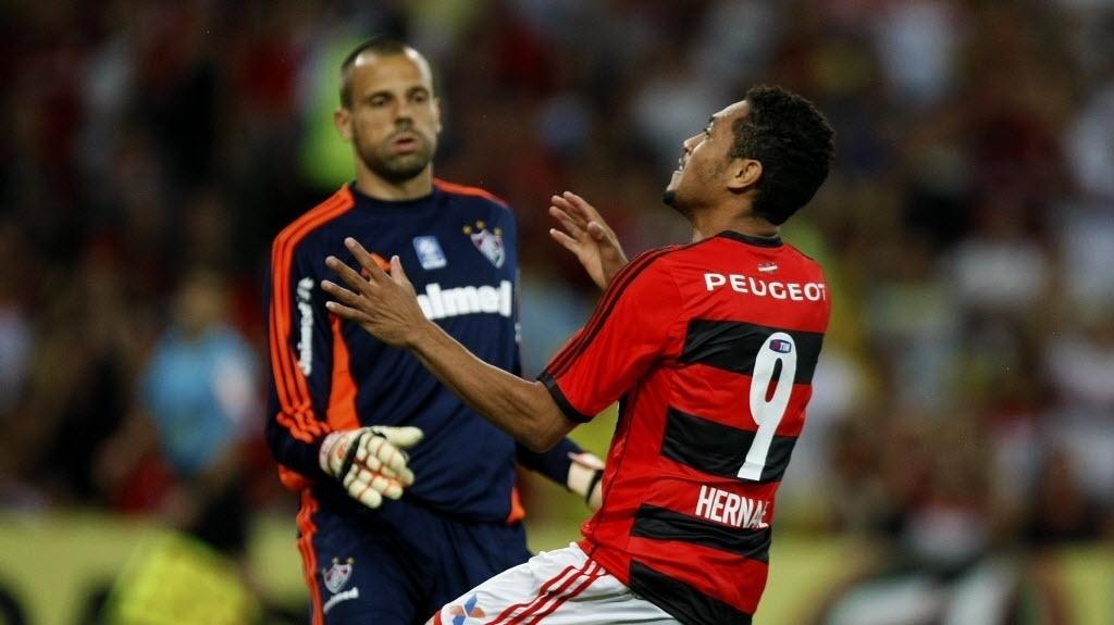 Hernane lamenta chance desperdiçada contra o Fluminense pelo Brasileirão