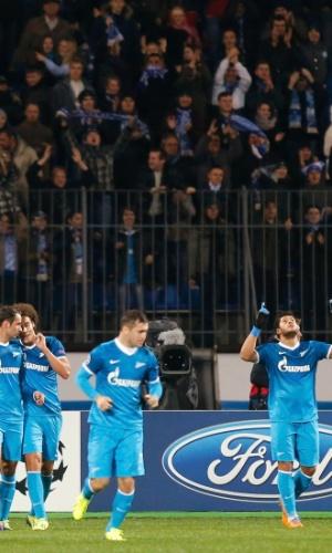 06.11.2013 - Hulk comemora após o empate do Zenit sobre o Porto pela Liga dos Campeões