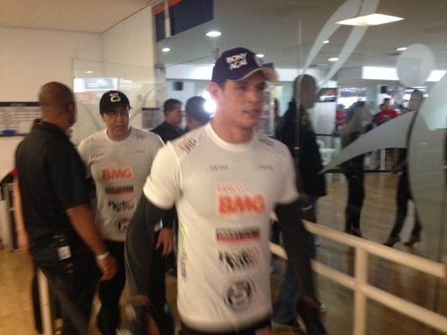 Cezar Mutante terá Sarafian como adversário no UFC Goiânia, 9 de novembro