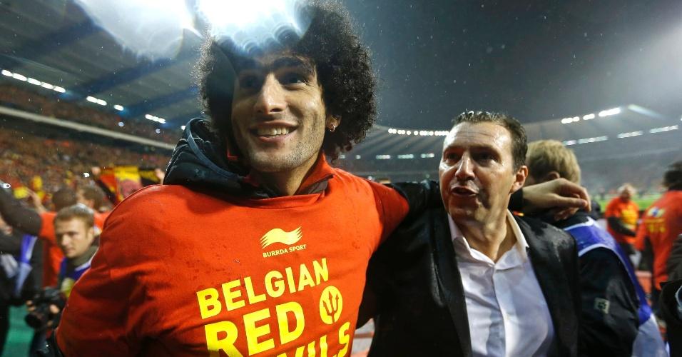 15.out.2013 - Marouane Fellaini comemora após empate por 1 a 1 com País de Gales; Bélgica havia se classificado de forma antecipada para a Copa-2014 ao vencer a Croácia