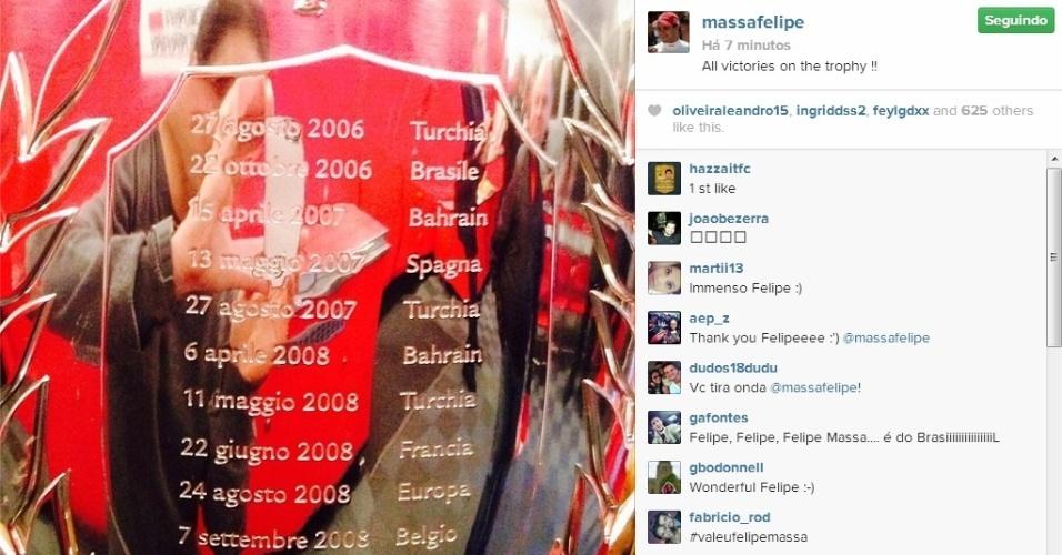 Ferrari homenageia Massa em sua despedida da equipe