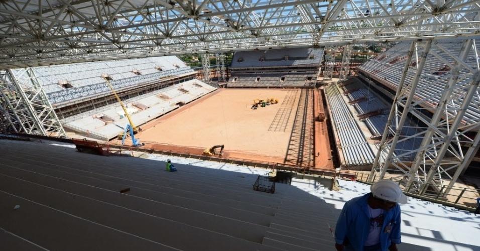 11.nov.2013 - As arquibancadas da Arena Pantanal estarão divididas em níveis. Haverão camarotes e espaço de imprensa