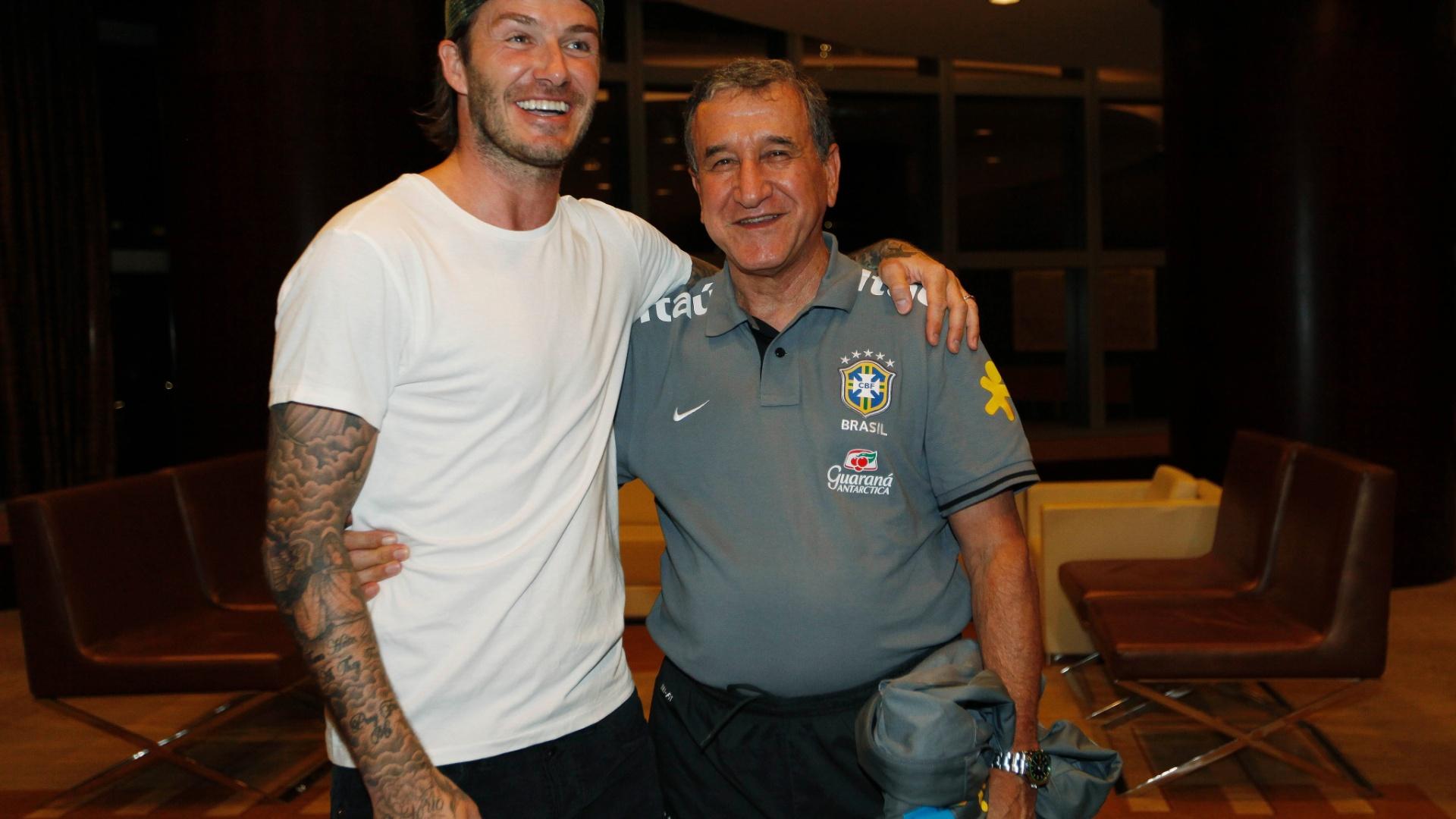 Beckham posa para foto ao lado de Parreira