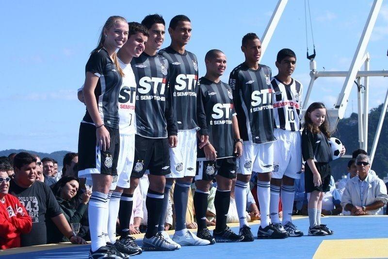 Dani pato é ex-jogadora do Santos