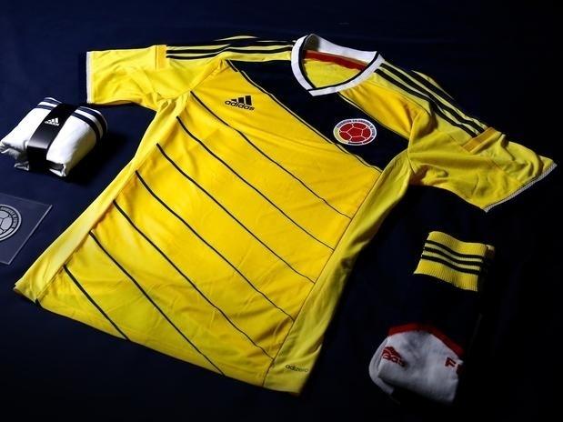 14.nov.2013 - Vice-campeã das eliminatórias sul-americanas, Colombia também revelou seu novo uniforme